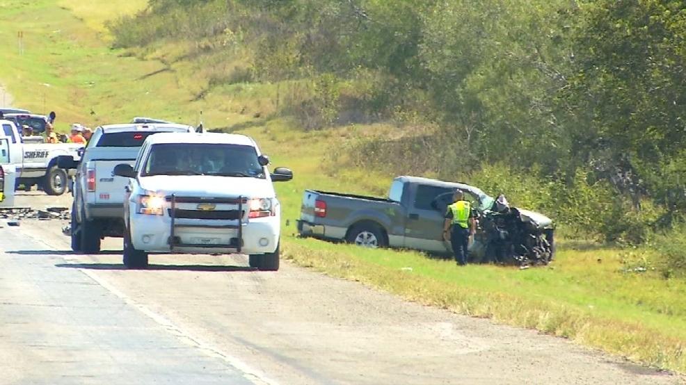 Man and woman killed in crash in San Antonio, three children