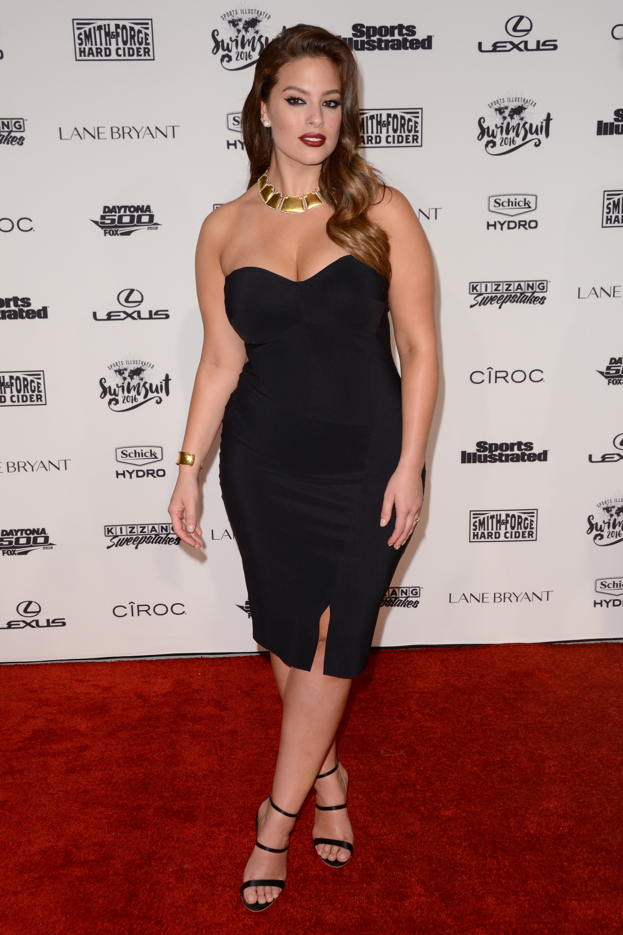 Sports Illustrated Swimsuit 2016 - Red Carpet Arrivals  Featuring: Ashley Graham Where: New York, New York, United States When: 17 Feb 2016 Credit: Ivan Nikolov/WENN.com