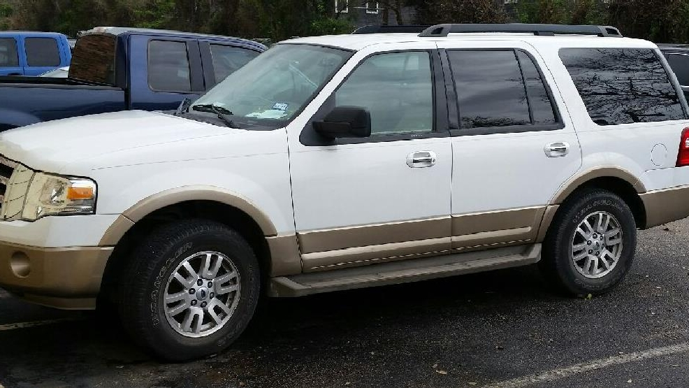 The White 2013 Ford Expedition Belonging To Murder Victim Henry Gutierrez  Was Located In The Parking Lot Of The Townwood Apartments In San Marcos By  Hays ...