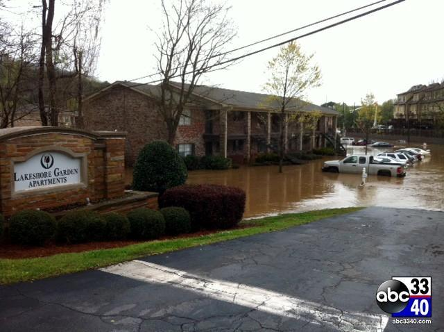 Flooding at the Lakeshore Gardens Apartments in Homewood, Ala., Monday, April 7, 2014.