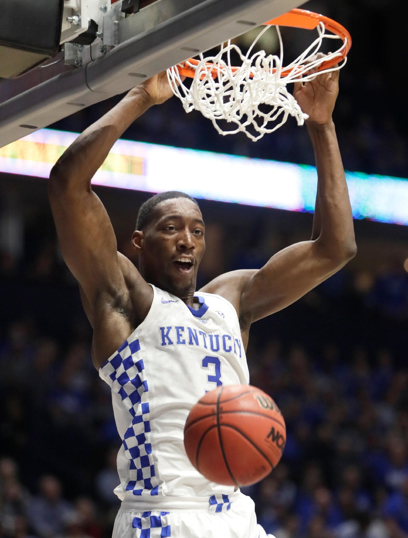 Kentucky's Edrice Adebayo dunks the ball against Arkansas in the first half of an NCAA college basketball game for the championship of the Southeastern Conference tournament Sunday, March 12, 2017, in Nashville, Tenn. (AP Photo/Wade Payne)