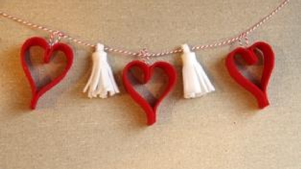 Hearts and Tassel Garland.JPG