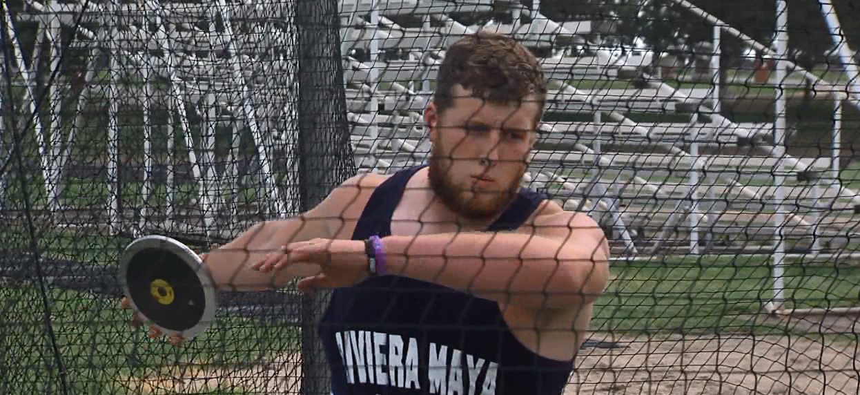 Minden's Justin Villars prepares to throw the discus during a recent practice. (NTV News)