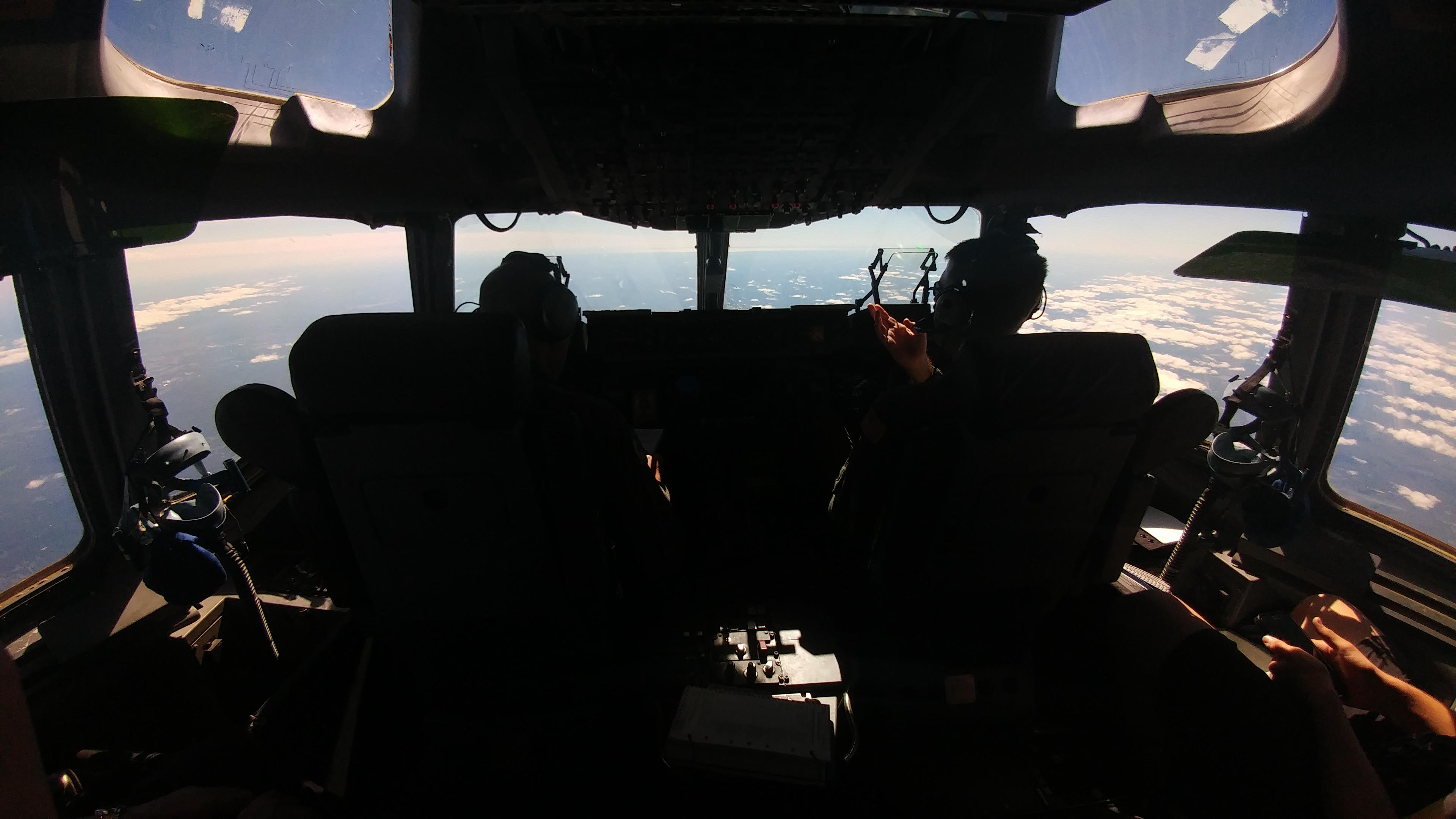 Aircrew members from Dover Air Force Base, Del. operate a C-17 Globemaster III during a training mission over Pennsylvania Sept. 28, 2017. The aircraft made several aerial refueling connections with a KC-135 Stratotanker during the mission. (U.S. Air Force photo by Tech. Sgt. Chuck Broadway)