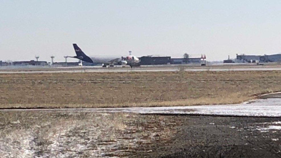 fedex plane lands at dayton international without incident after reports of fire