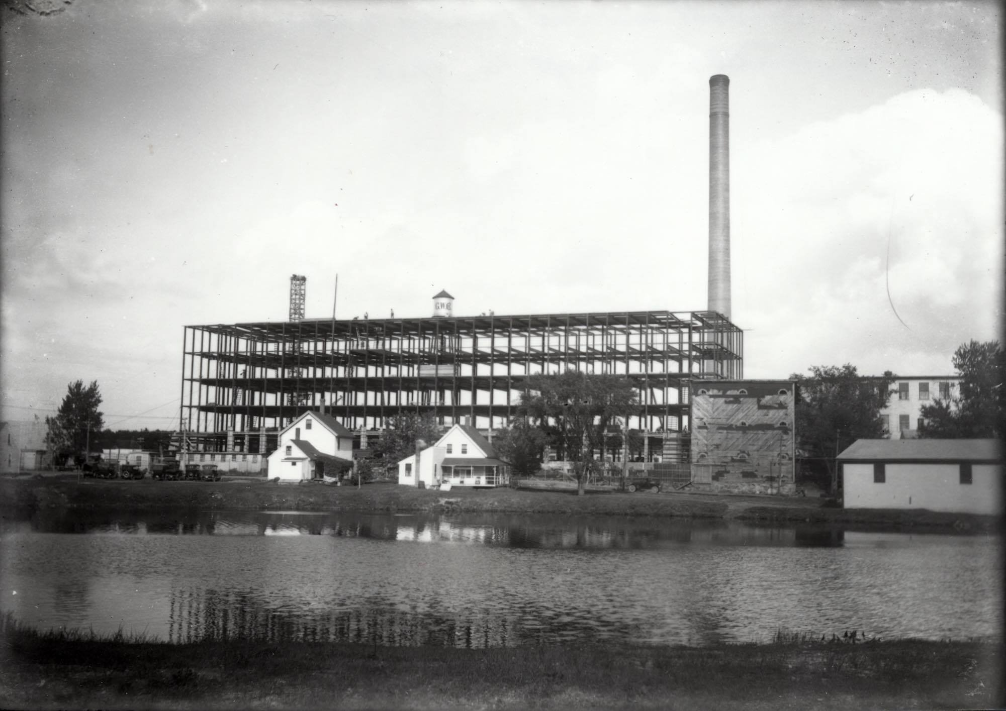 Goodall Worsted Mill under constructoin, Sept. 16, 1922. (Sanford-Springvale Historical Society)
