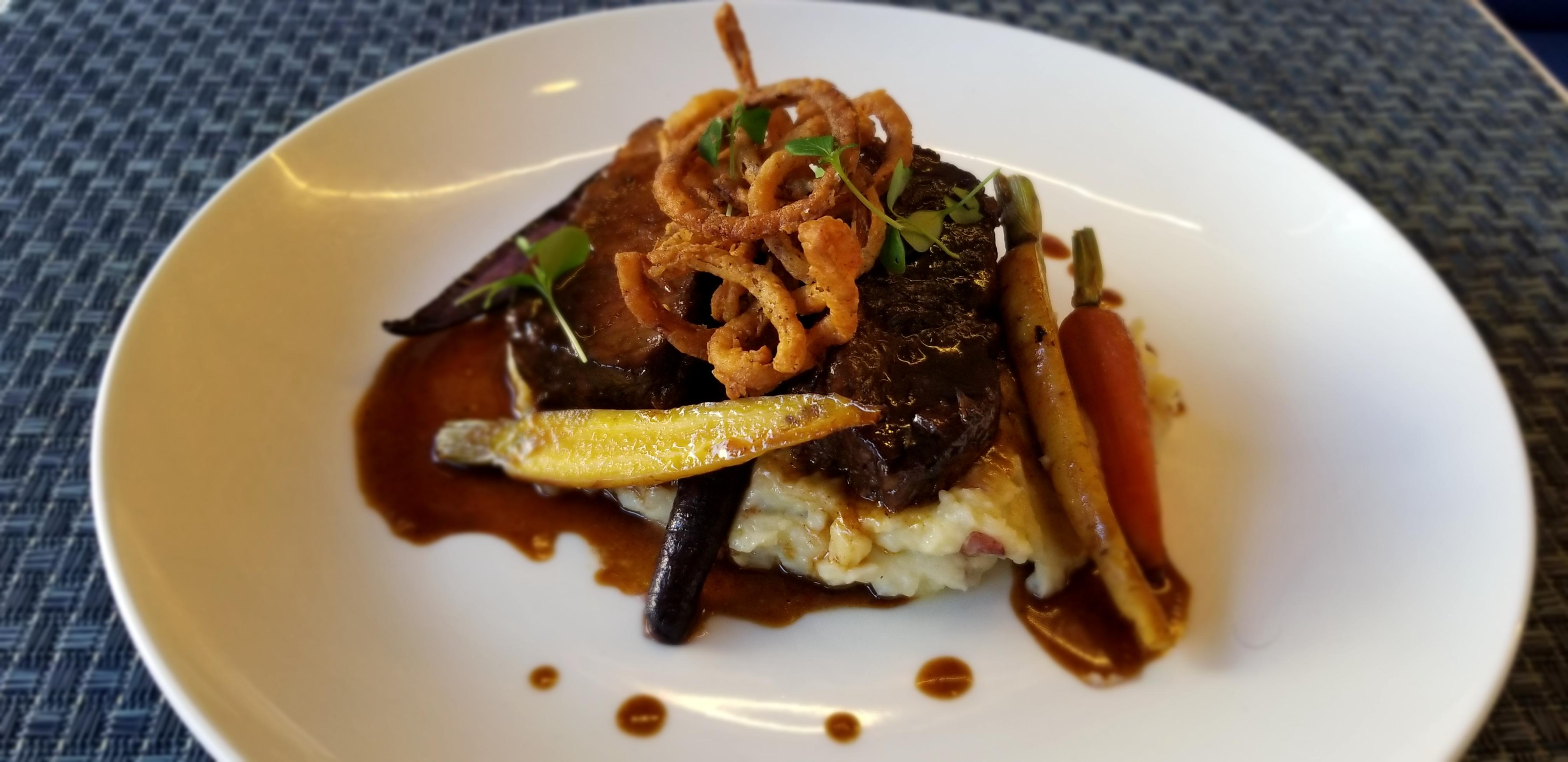 Short Ribs with Bleu Cheese Mashed Potatoes, Baby Carrots, Red Wine Demi Glace and Fried Shallots (Photo courtesy: All Set Restaurant &amp;amp; Bar)<p></p>