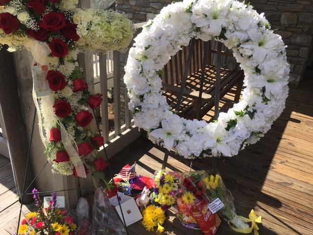 Billy Graham's casket have arrived at The Cove where family will hold a private service. (Photo credit: WLOS Staff)