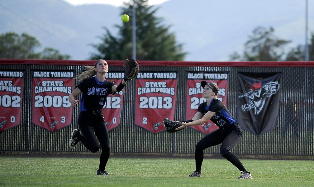 North vs. South SWC Softball 5-8-18. Andy Atkinson / Mail Tribune