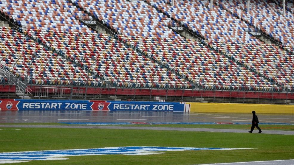 Hurricane Matthew postpones Saturday night Sprint Cup race | WLOS