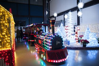 Christmas Lights Seattle 2020 Photos: Brand new indoor Christmas festival boasts 100,000 sq