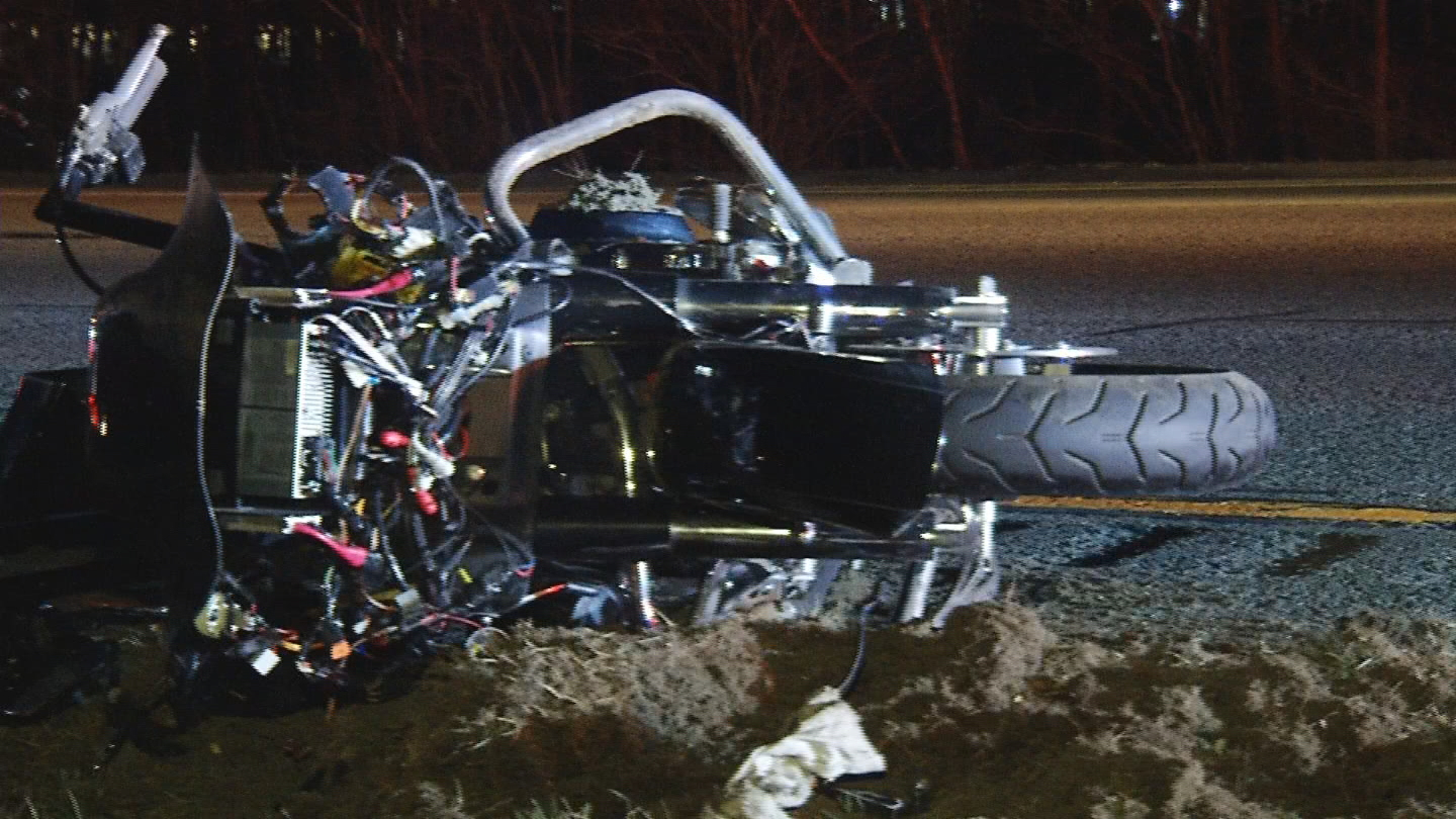 A motorcycle operating was seriously injured in a crash on Interstate 295 in Smithfield, Sunday, April 1, 2018 (WJAR)
