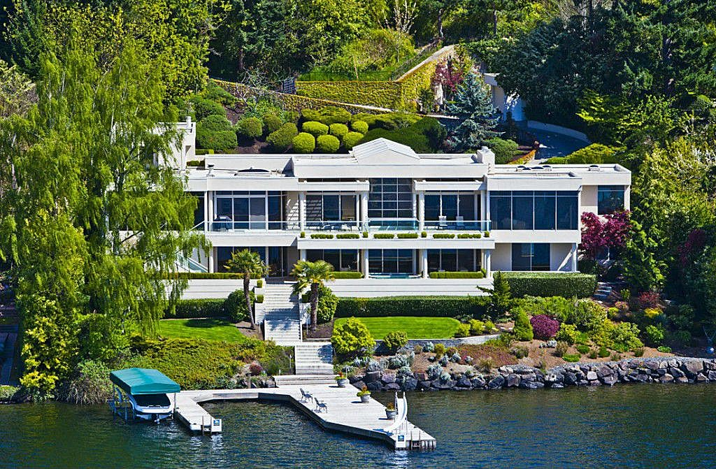 7 Top Tips For Throwing A Grand Party In A Small Home: 5 Most Expensive PNW Houses On Zillow
