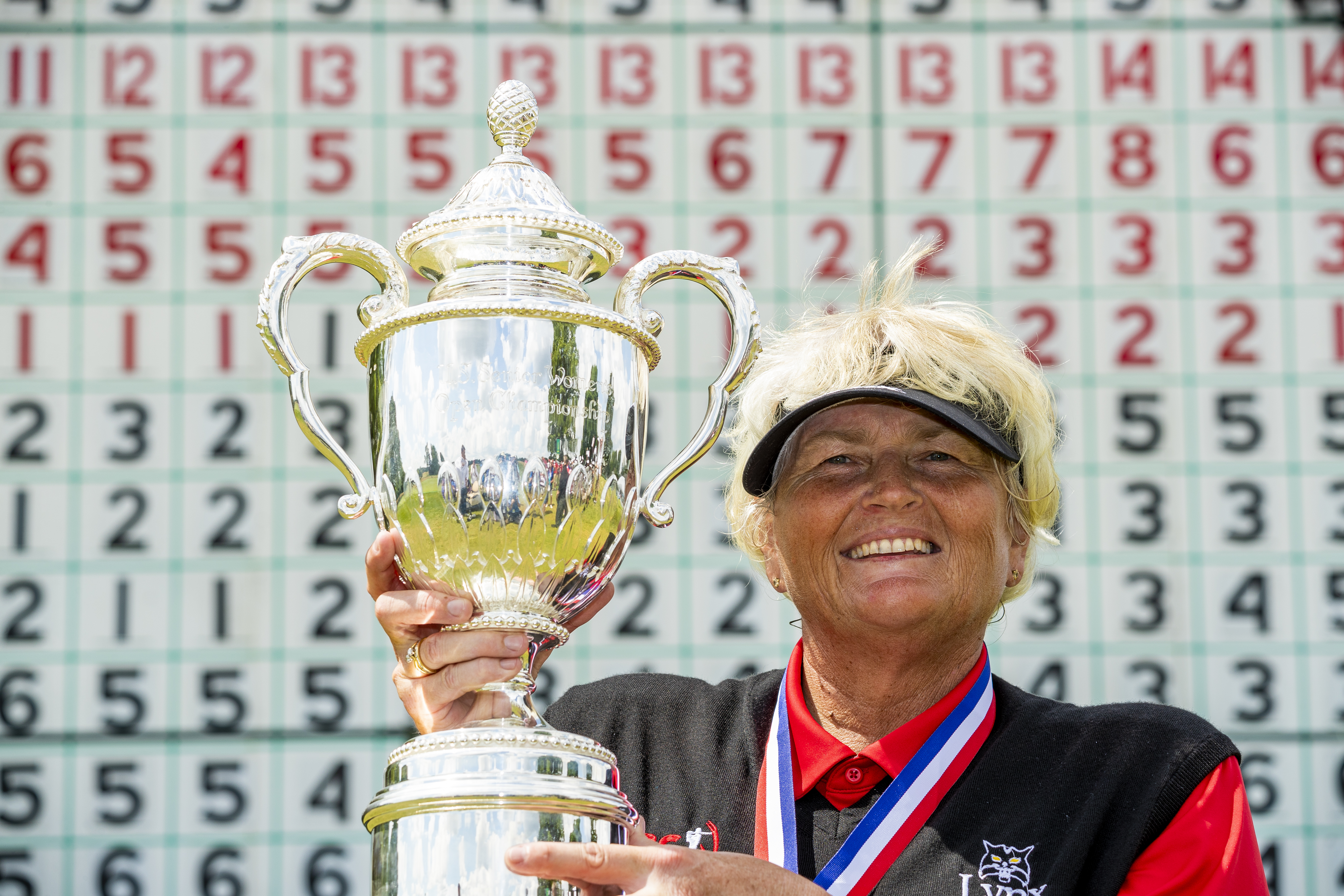 Laura Davies poses with the trophy after winning the 2018 U.S. Senior Women's Open at Chicago Golf Club in Wheaton, Ill. on Sunday, July 15, 2018.  (Image: Copyright USGA/Chris Keane)