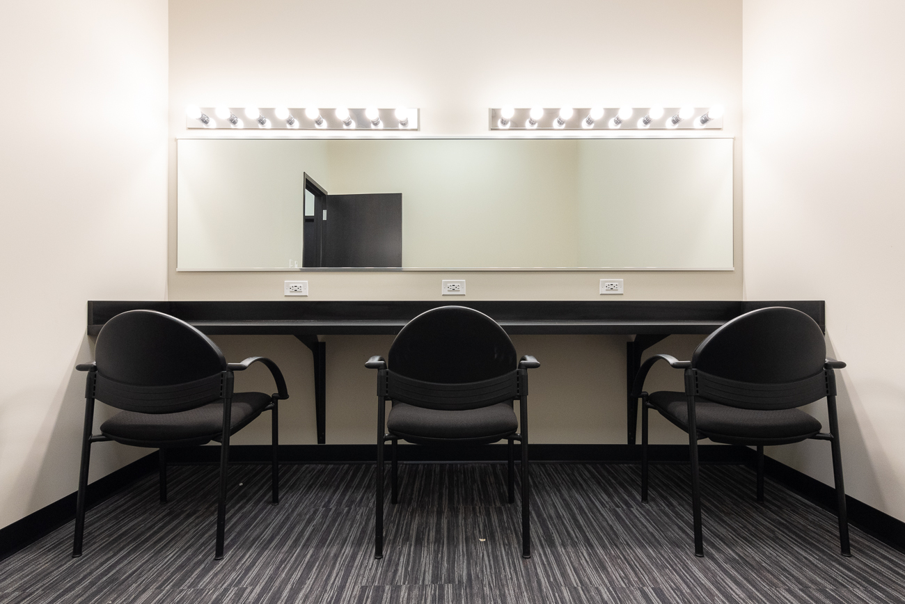 The dressing room where performers get ready / Image: Phil Armstrong, Cincinnati Refined // Published: 1.26.19