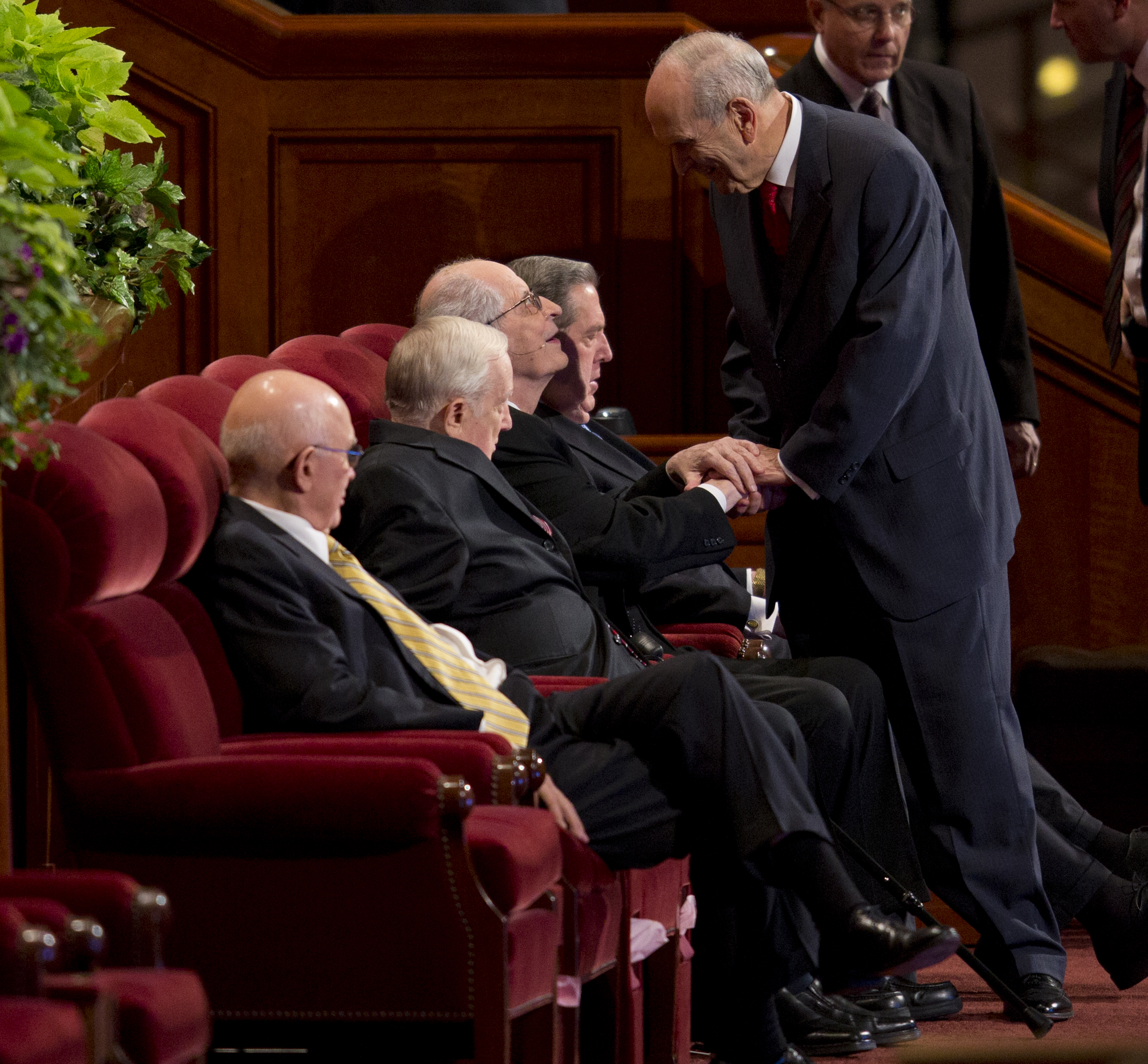 Elder Robert D. Hales at general conference (Photo: LDS church, Copyright Intellectual Reserve, Inc.)
