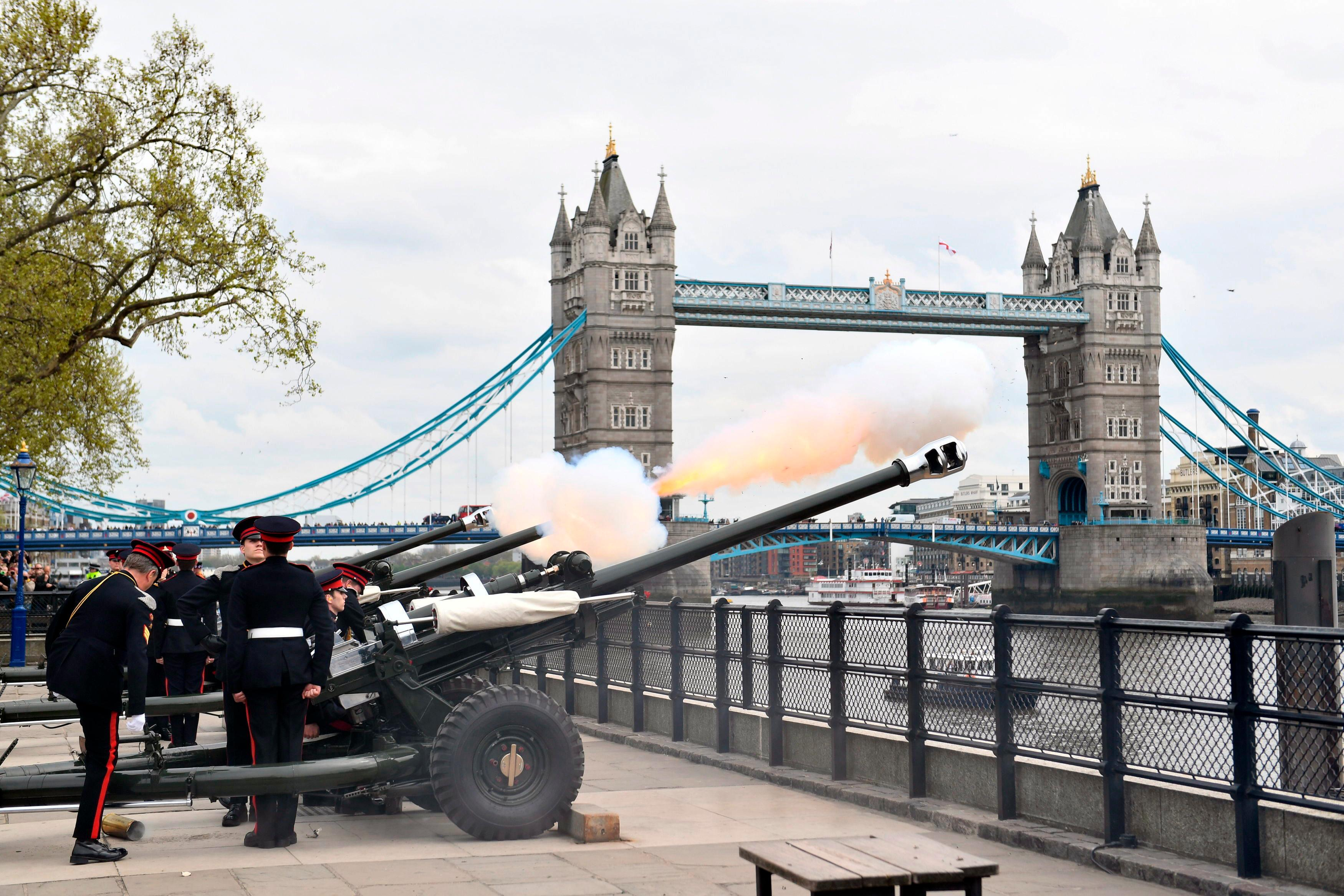 "The Honorable Artillery Company fire a 62 gun royal salute at the Tower of London, to celebrate the birth of Britain's Prince William and Kate, Duchess of Cambridge's third child, in London, Tuesday, April 24, 2018. Prince Charles says it is a ""great joy"" to be a grandfather once again, issuing a statement to express his pleasure with the arrival of a boy to the Duke and Duchess of Cambridge. (Victoria Jones/PA via AP)"