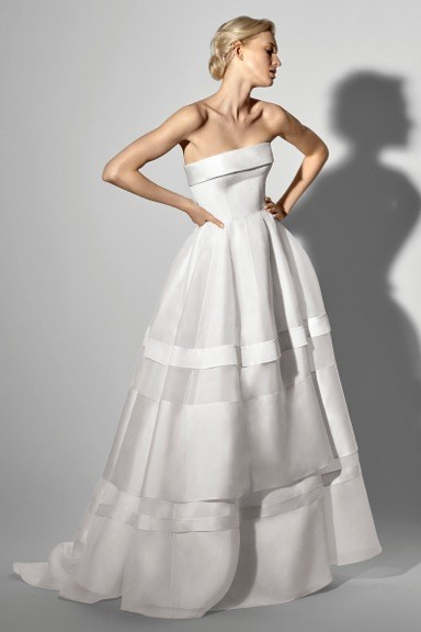 TREND #3: Fresh & Clean (Carolina Herrera)