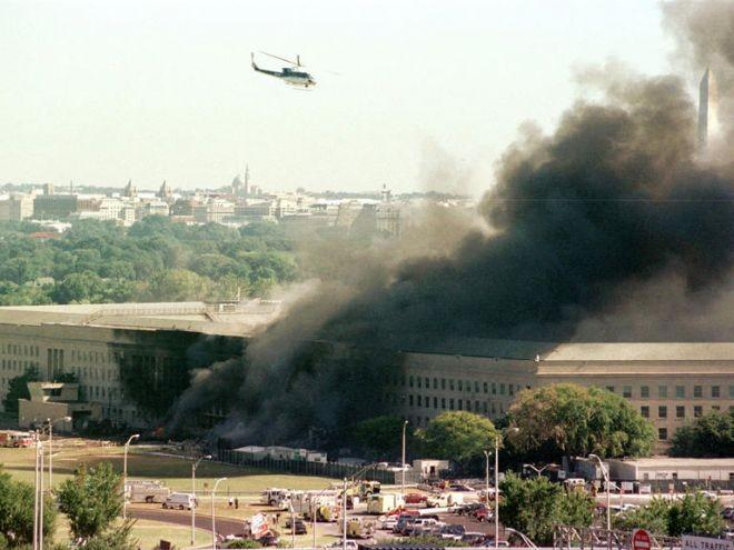 9:40 a.m.: American Airlines Flight 77 crashes into the west side of the Pentagon, killing all 64 people on board and 125 Pentagon personnel.