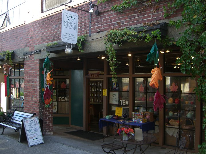 Head to the Perennial Tea Room for a crumpet and a great cuppa from this whimsical shop in Pike Place Market. (Image:{ }Perennial Tea Room Facebook)