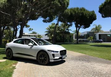 Jaguar targets Tesla owners with I-Pace discounts