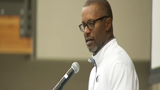 Oregon football coach Willie Taggart delivers keynote at Kidsports fundraiser