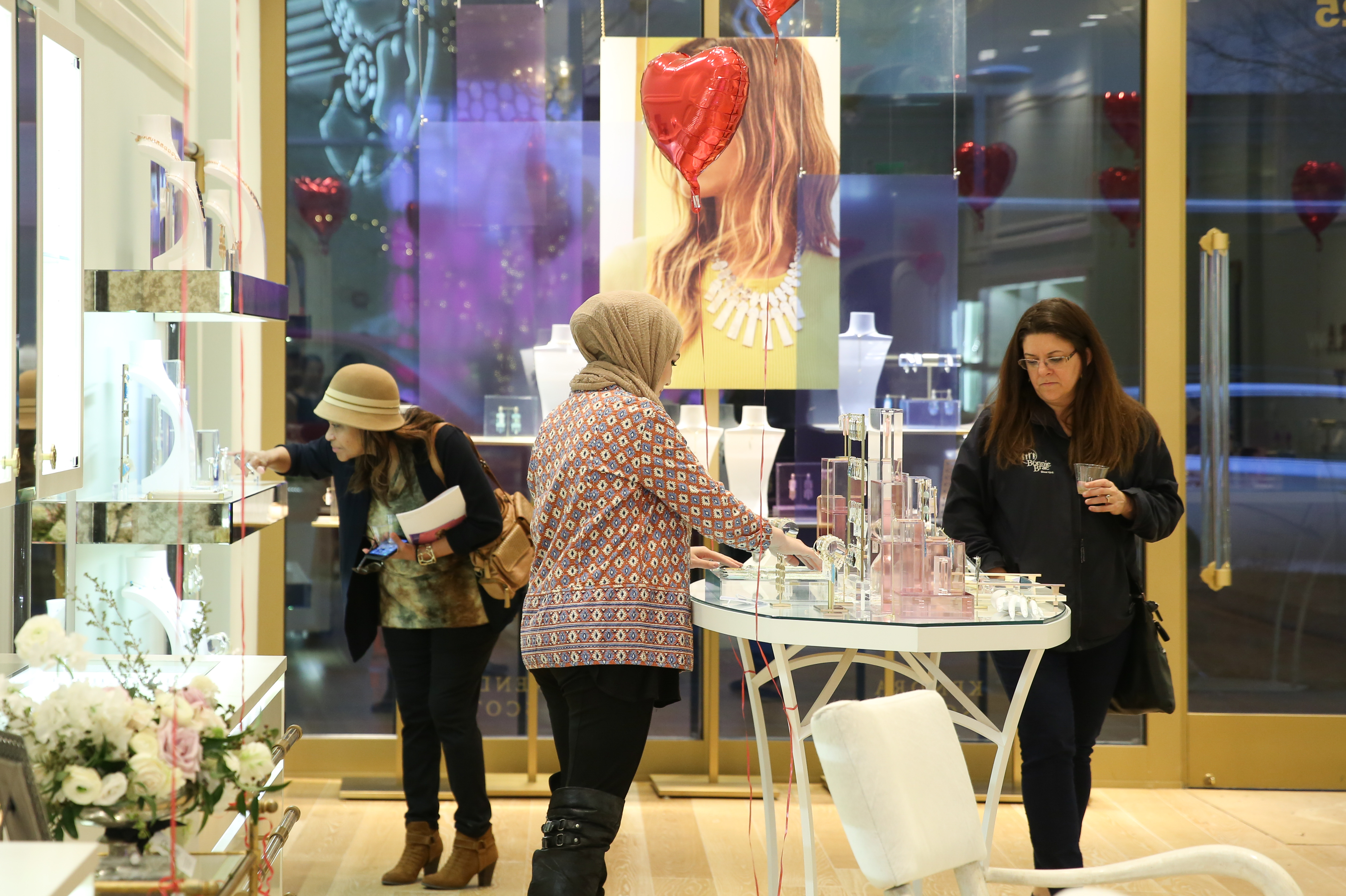Some DC Refined fans made it to Kendra Scott in the Mosaic District for a girl's night out on Feb. 22. The evening included bubbly, browsing over gorgeous jewelry and a giveaway courtesy of Kendra Scott. (Amanda Andrade-Rhoades/DC Refined)
