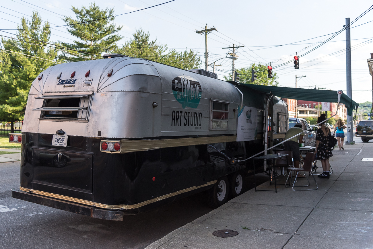 On the Move Art Studio parked outside of Glow Gallery + Studio / Image: Phil Armstrong, Cincinnati Refined // Published: 6.8.18
