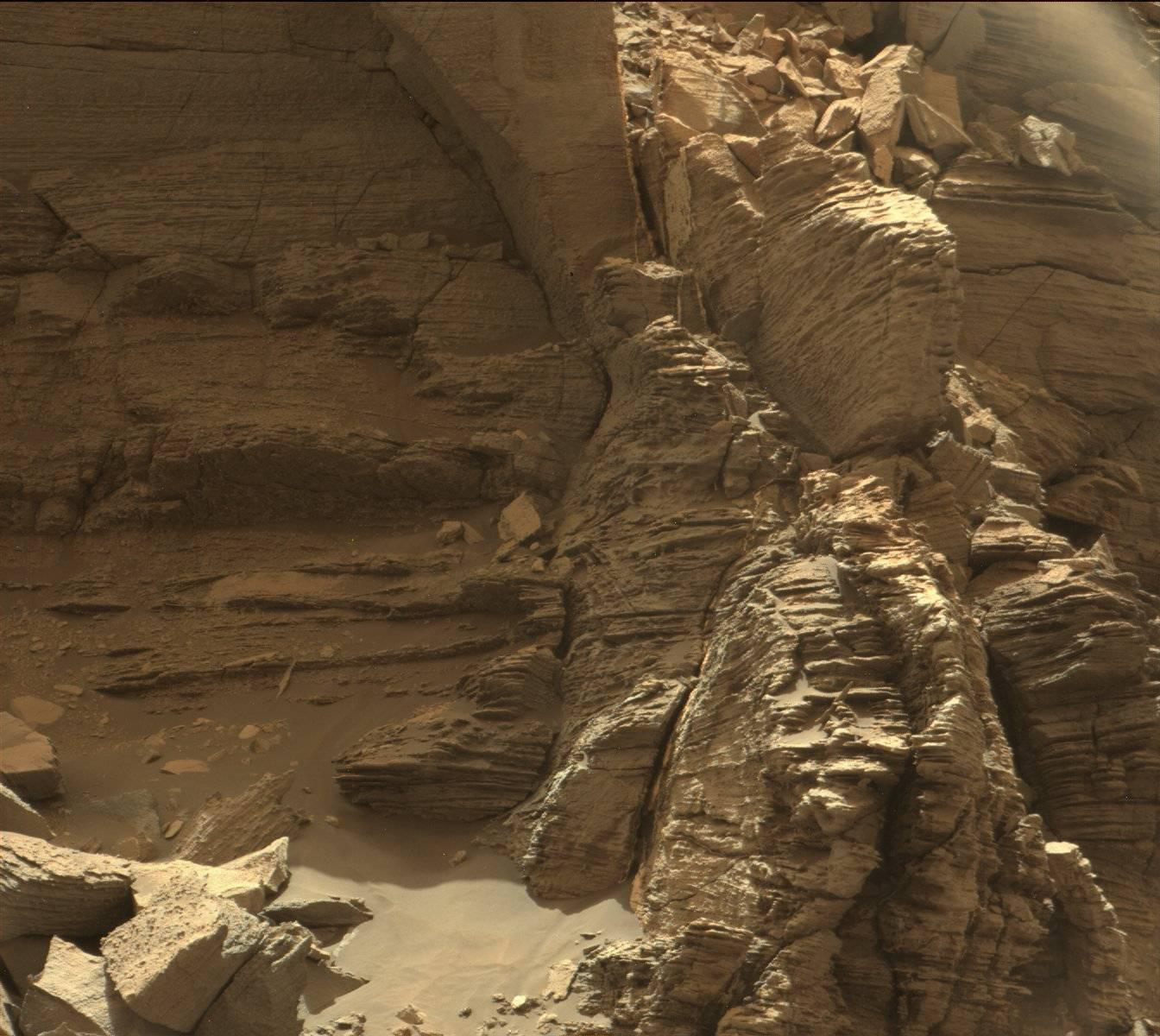 "PICTURE SHOWS: This view from the Mast Camera (Mastcam) in NASA's Curiosity Mars rover shows an outcrop with finely layered rocks within the ""Murray Buttes"" region on lower Mount Sharp. The image was taken on Sept. 8, 2016.  ...   Prepare to have your mind blown - NASA has collected together a treasure trove of more than 140,000 images, videos and audio files.  The stunning collection consolidates imagery spread across more than 60 collections into one searchable location, called the NASA Image and Video Library website.  Cover Images have chosen a gallery of the most popular images currently on the website, which include the first American astronaut to walk in space and a self-portrait of NASA's Curiosity Mars rover.  The portal allows users to search and discover content from across the agency's many missions in aeronautics, astrophysics, Earth science, human spaceflight, and more.  The library is not comprehensive, but rather provides the best of what NASA makes available from a single point of presence on the web. Additionally, it is a living website, where new and archival images, video and audio files continually will be added.  When: 09 Sep 2016"