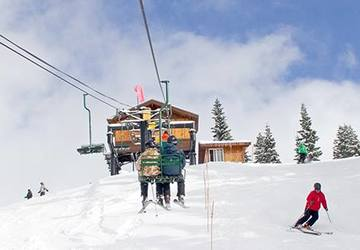 The Best Places for Snow Adventure near Seattle | Seattle