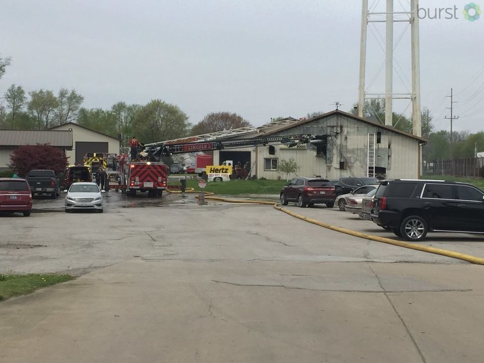 We're following developing news out of Lincoln of a fire at Treu Body Works auto body shop, 925 north Kickapoo Street. (WRSP Photojournalist Jon Jenkins)