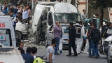 10 hurt in bomb attack near Istanbul police station