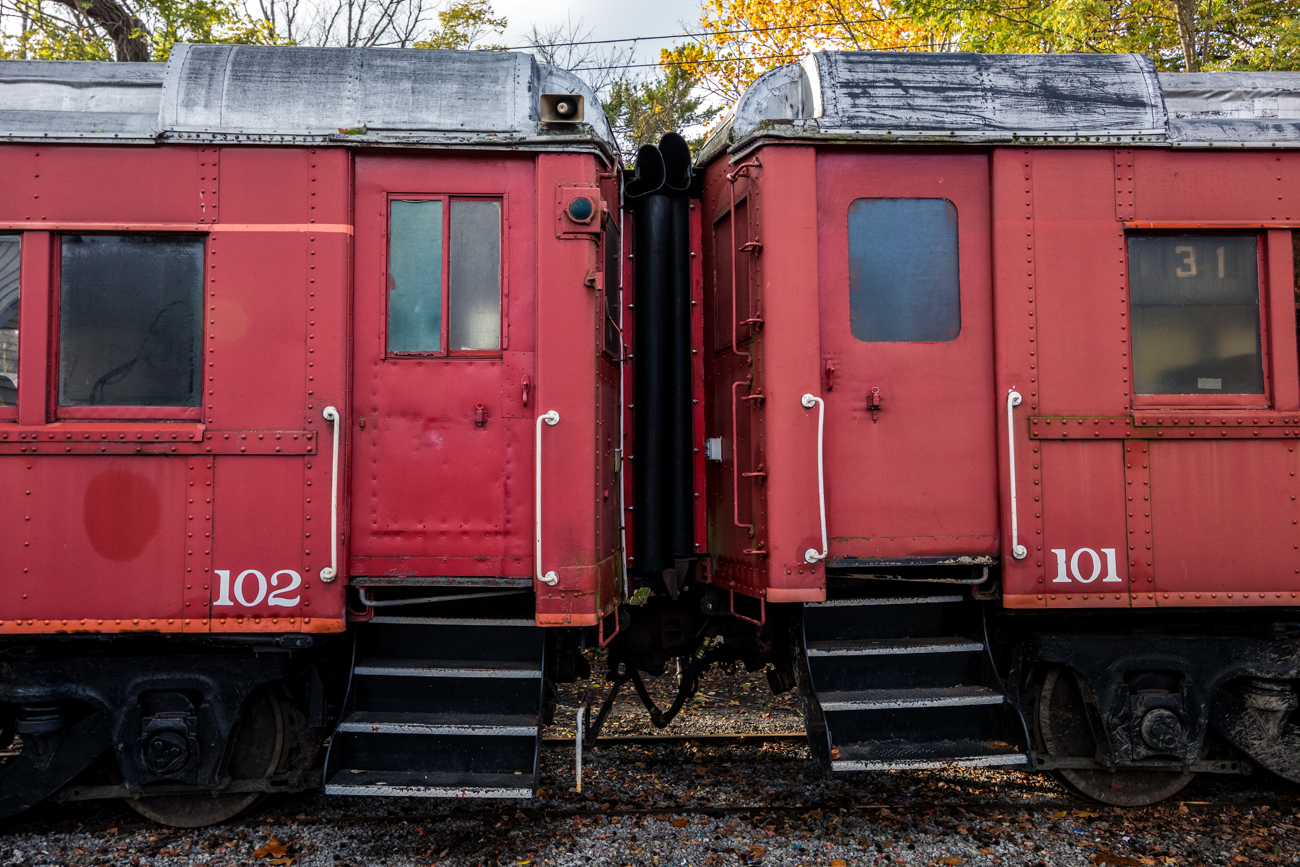 "The historic railroad is operated by the Cincinnati Scenic Railway, a nonprofit organization. The trains are all ""rescued"" and restored to offer scenic and nostalgic train rides. / Image: Catherine Viox // Published: 11.11.20"