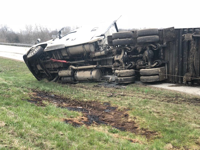 Semi hauling dish soap overturns on I-70 EB in Preble County, Ohio, after driver loses control (WKEF/WRGT)