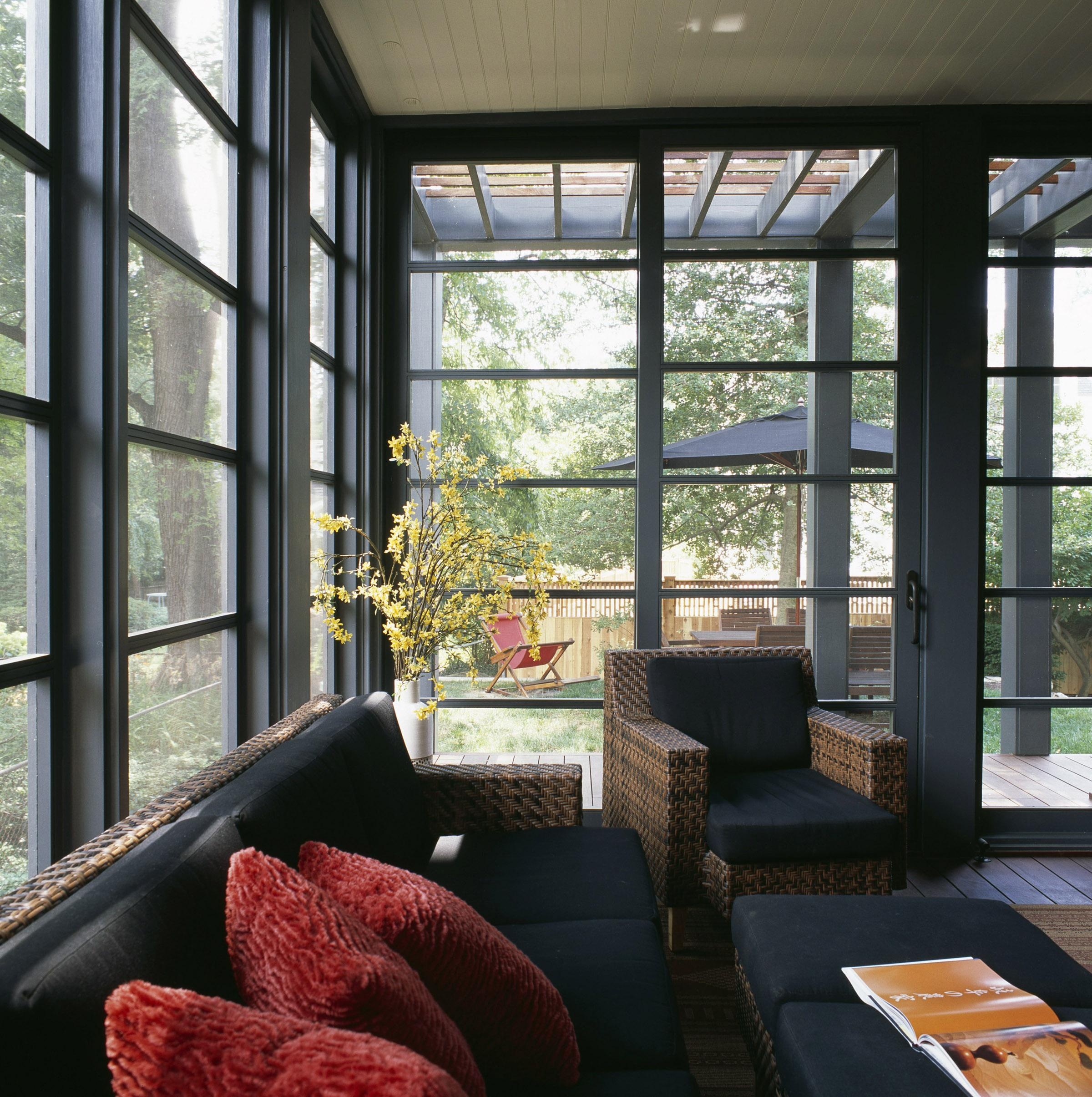Sustainable design strategies included the reuse of the house as an existing resource; use of salvaged forest products and recycled roofing; careful choices about shading, orientation, and daylighting; high-efficiency lighting and HVAC systems; and attention to indoor air and water quality. (Image: Courtesy Celia Pearson)