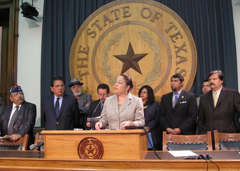 Nina Perales of the Mexican American Legal Defense and Educational Fund and members of the Texas Latino Redistricting Task Force present a proposal for two new Latino-majority congressional seats during a 2011 press conference. (Photo via the Texas Tribune)