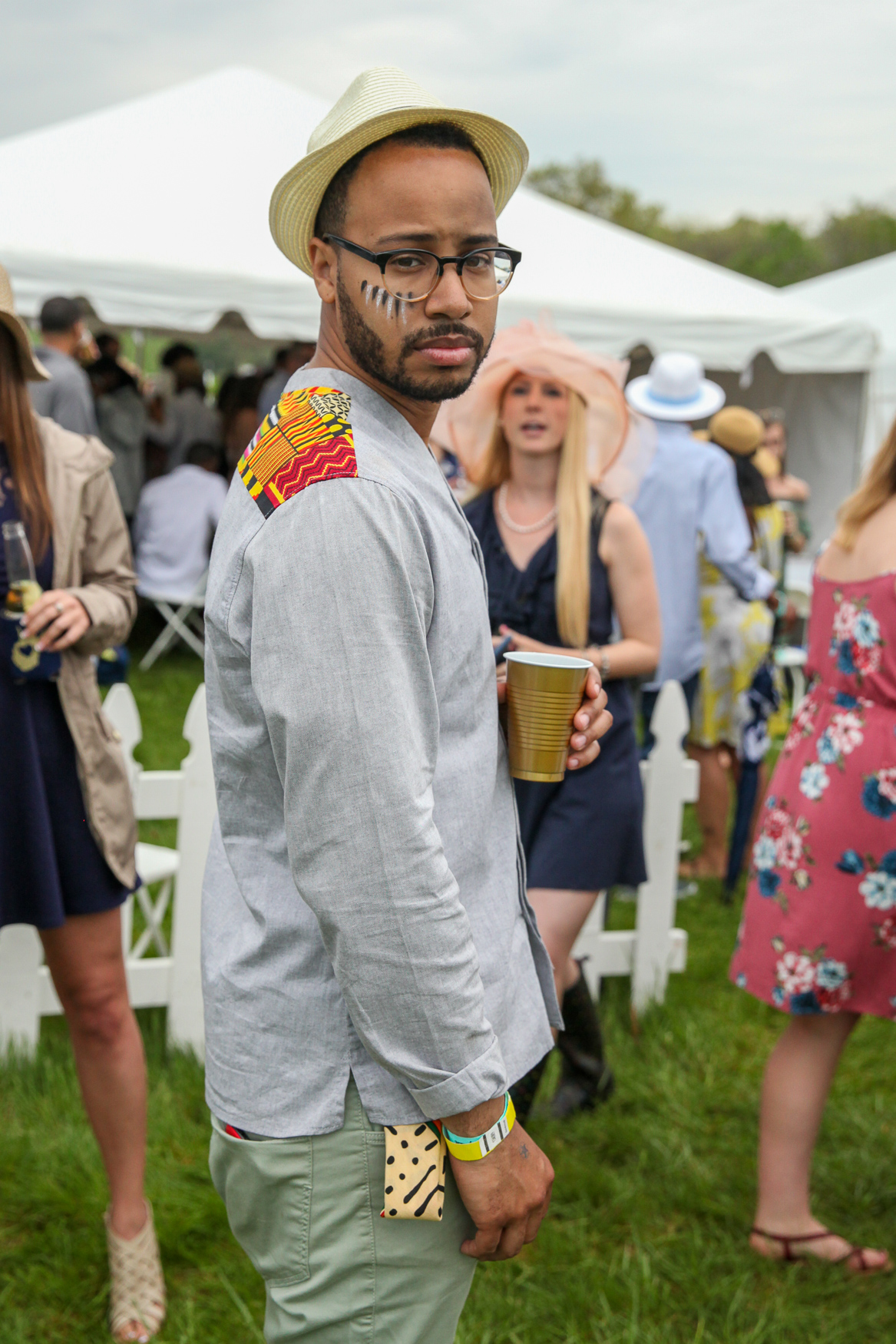 We're totally here for this unconventional men's look!{ }(Amanda Andrade-Rhoades/DC Refined)