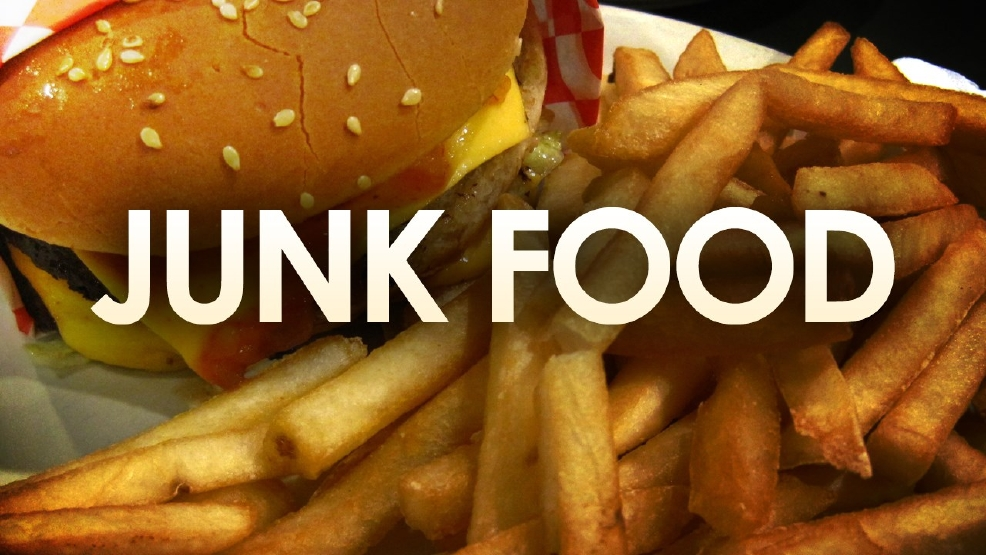 banning junk food in schools a But here we are listing out five reasons as to why fast food should be banned  junk food should be banned  fast food should be banned 1 fast food isn't even .