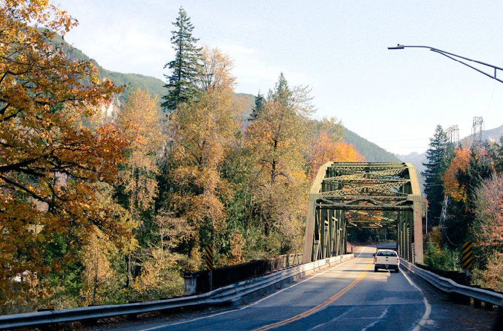 Take Highway 2 from Seattle to enjoy the abundant fall foliage along Tumwater Canyon all the way to Leavenworth and beyond. (Rebecca Mongrain/Seattle Refined)