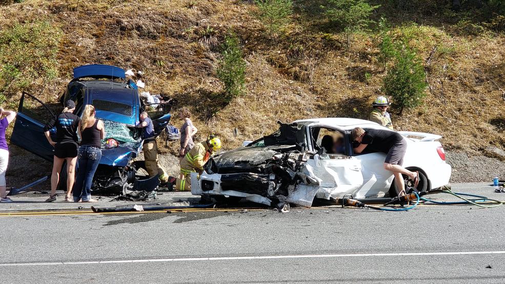 Fatal weekend crash on Redwood Highway | KTVL