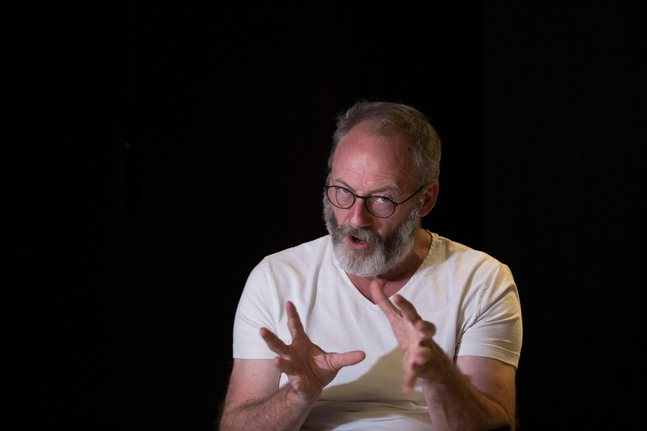 games of thrones villain blasts politicians over refugees komo game of thrones star liam cunningham answers a question during an interview the associated press