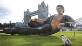 Giant, gloriously shirtless Jeff Goldblum statue appears near the Tower Bridge in London