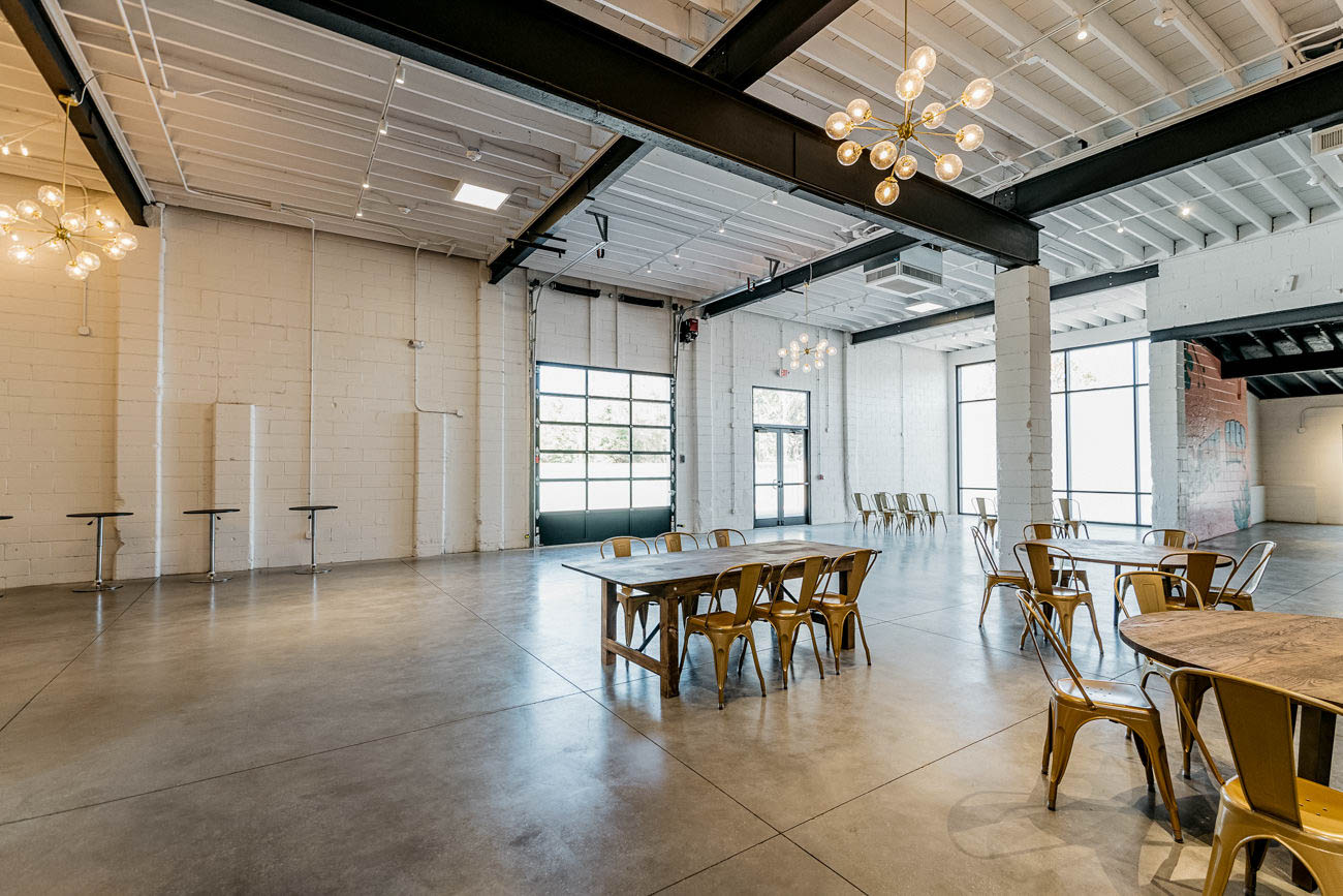 The site offers 11,000 square feet of indoor and outdoor space that can be used as-is or renters can bring in decorations to personalize the area. Some of their amenities include room for 200 seated guests, an 800-square-foot catering kitchen, natural wood dining tables, and refreshing natural lighting.{ }/ Image: MKF Photo via Mojave East // Published: 10.23.19