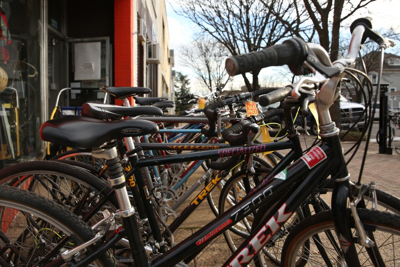 Del Ray is also a pretty bike-friendly community. (Amanda Andrade-Rhoades/DC Refined)
