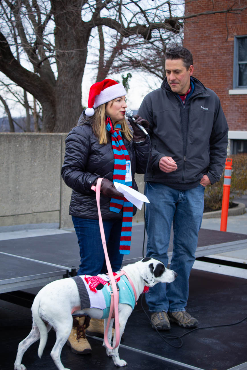 <p>Amanda Orlando and Jim Day, on-air personalities from Warm 98.5, served as emcees for the events leading up to the parade. / Image: Katie Robinson // Published: 12.9.18</p>