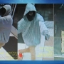 Bakersfield police searching for suspects in armed robbery