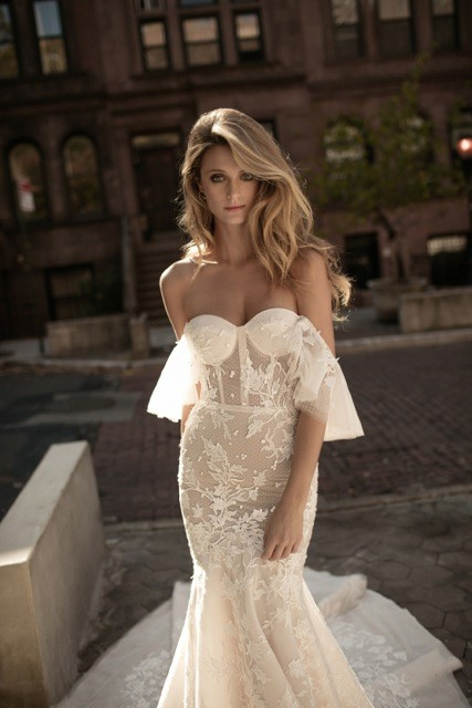 TREND #4: Off the Shoulder/Cold Shoulder (Berta)