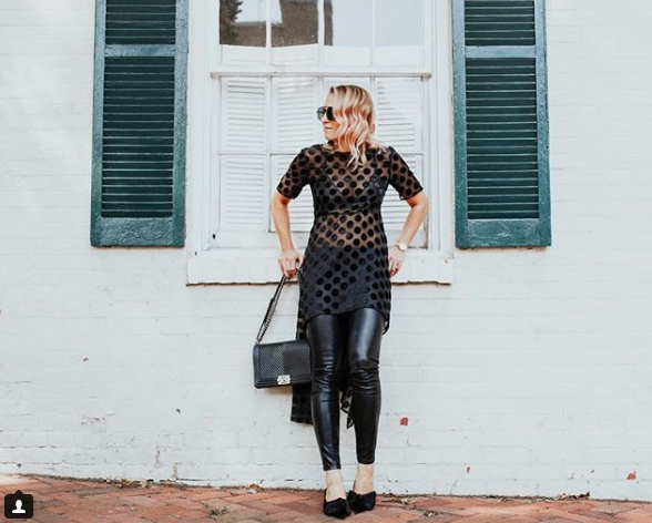 This bada$$ outfit makes me want to plan a GNO asap! (Image: Courtesy IG user @fiftytwothursdays/ www.instagram.com/fiftytwothursdays/)<p></p>