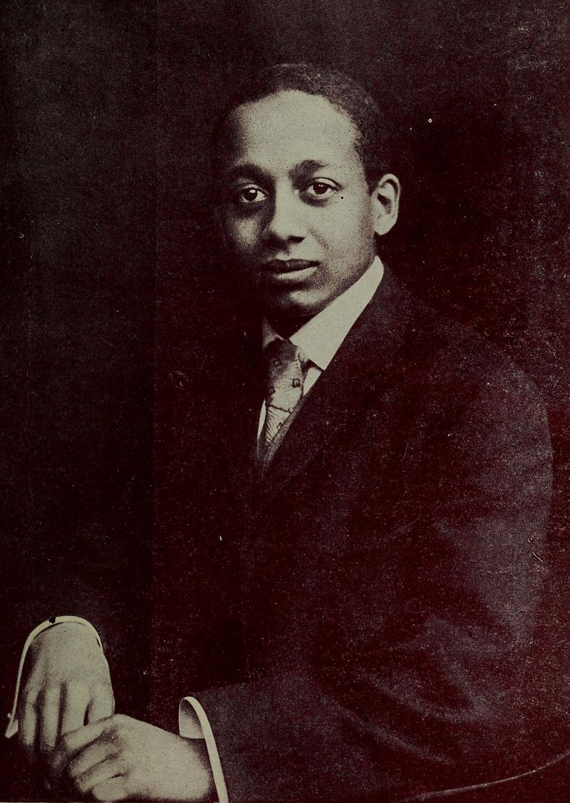 Young Alain LeRoy Locke (Image via Public Domain)