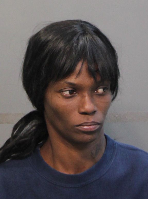 Katrina Brown, born 5/31/1977. Charged with theft of services/probation. Arrested at 2815 3rd Avenue (Photo: HCSO).